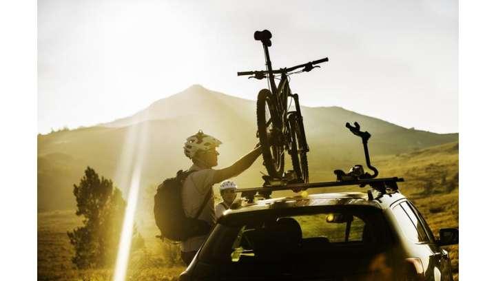 Jak bezpiecznie przewozić rowery na samochodowym bagażniku?